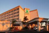 Holiday-Inn-Hobby-Airport---Exterior