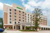 Holiday-Inn-Shenandoah-exterior
